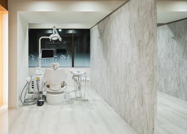 世田谷通りリキ歯科・矯正歯科 | 治療室