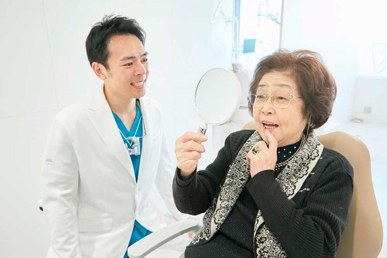 カウンセリングの様子 | 世田谷通りリキ歯科・矯正歯科