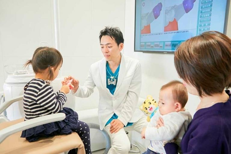 親子診療 | 世田谷通りリキ歯科・矯正歯科